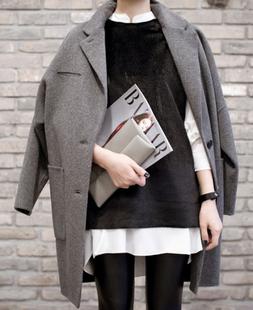 廓型 灰色呢子大衣