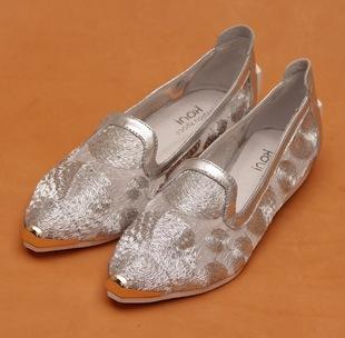 编织女网鞋正品低价 女红网钩针编织宝宝鞋 编织女网鞋行高清图片
