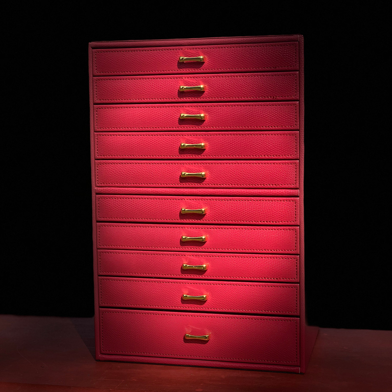 Jewelry box European jewelry storage box fashion jewelry storage box leather drawer-style pomegranate red jewelry box.