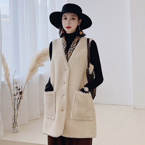 Autumn and Winter new particles sleeveless jacket Composite fur one shoulder shears cashmere vest in the long section of fur vest