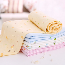 Newborn baby is holding a baby cotton wrapped cloth towel coated newborn baby anti-jump swaddle towel blanket spring and autumn