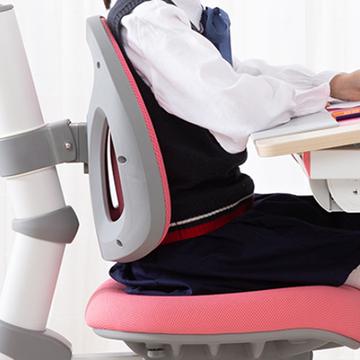 一款好的书桌帮助孩子树立好习惯