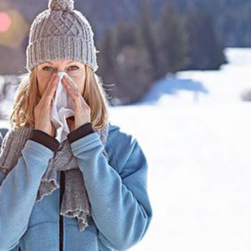 鼻炎鼻塞难受,如治疗不当这些危害更大